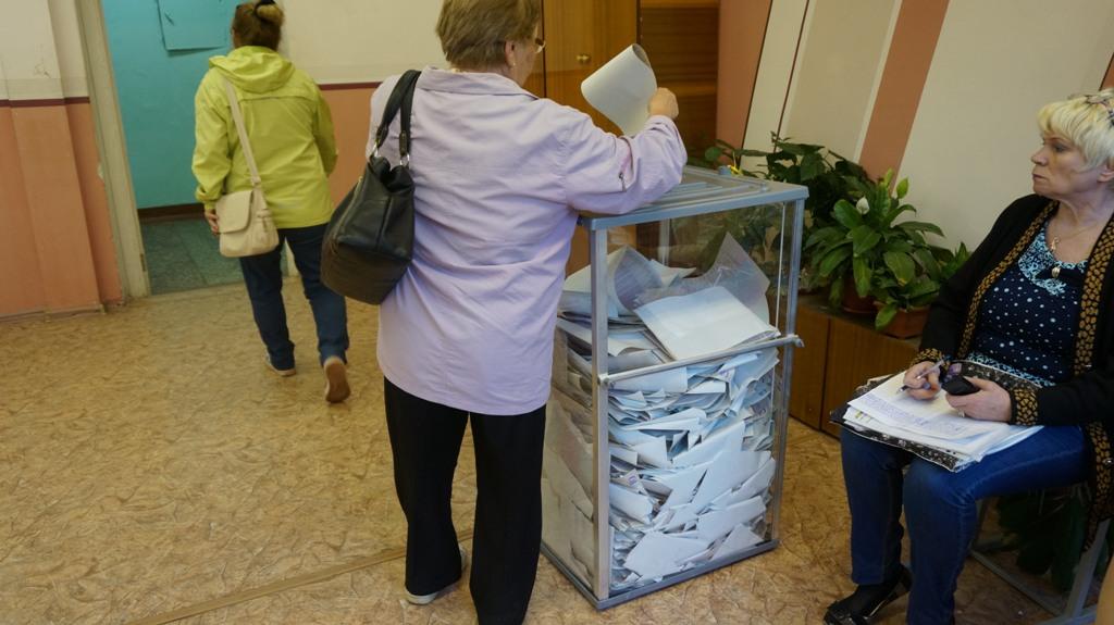В школе № 49 за полчаса до окончания голосования. Фото: © «ДЕНЬ.org»