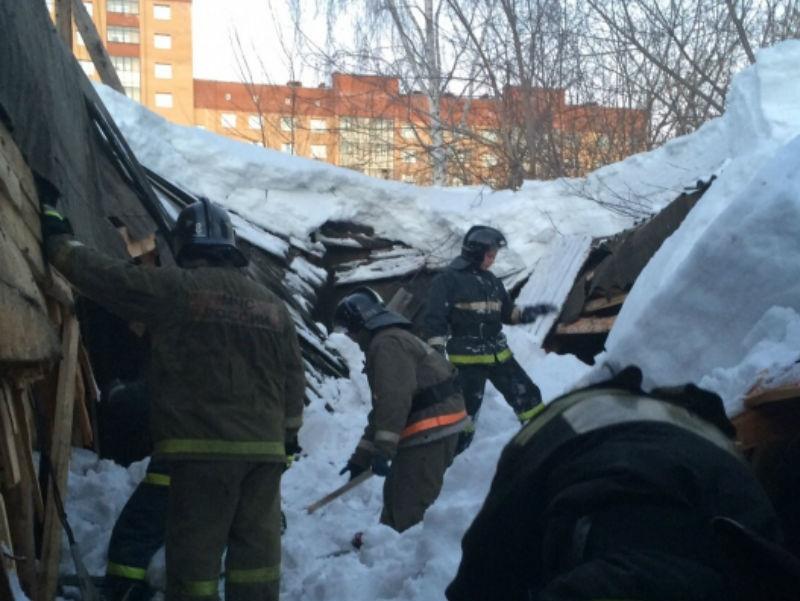 ВУдмуртии из-за снега обвалилась крыша производственного учреждения