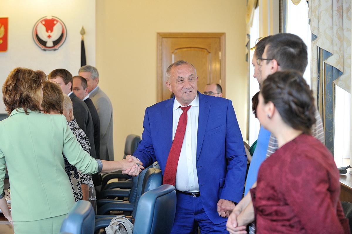 Встреча Александра Соловьева с представителями партий. Фото: пресс-служба главы и правительства УР