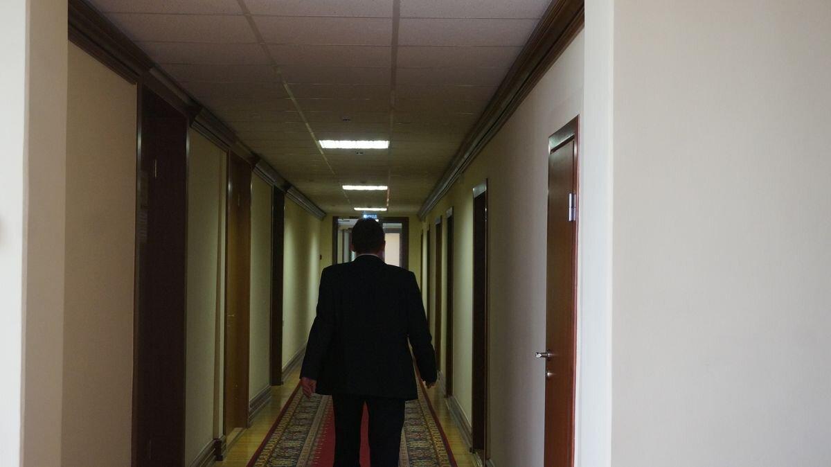 Работник администрации руководителя иправительства Удмуртии подозревается вразвратных действиях
