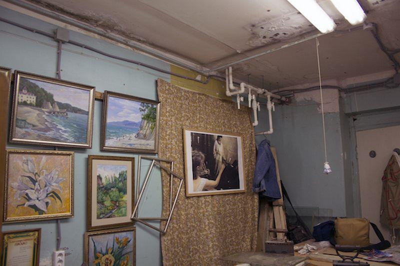 Внутри помещения художественного фонда Удмуртии. Фото: ©«ДЕНЬ.org»