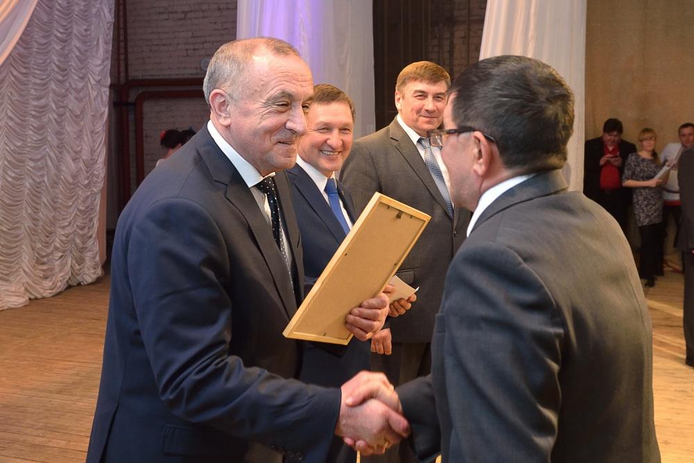 Глава Удмуртии подвел итоги работы агропромышленного комплекса в 2014 году