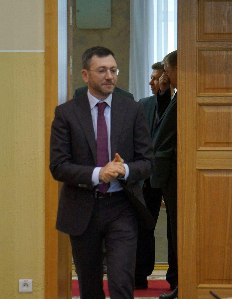 Известно, что премьер Удмуртии Виктор Савельев настолько дружен с Борисом Вайнзихером, что они вместе летают на рыбалку в Астрахань. Фото: © «ДЕНЬ.org»