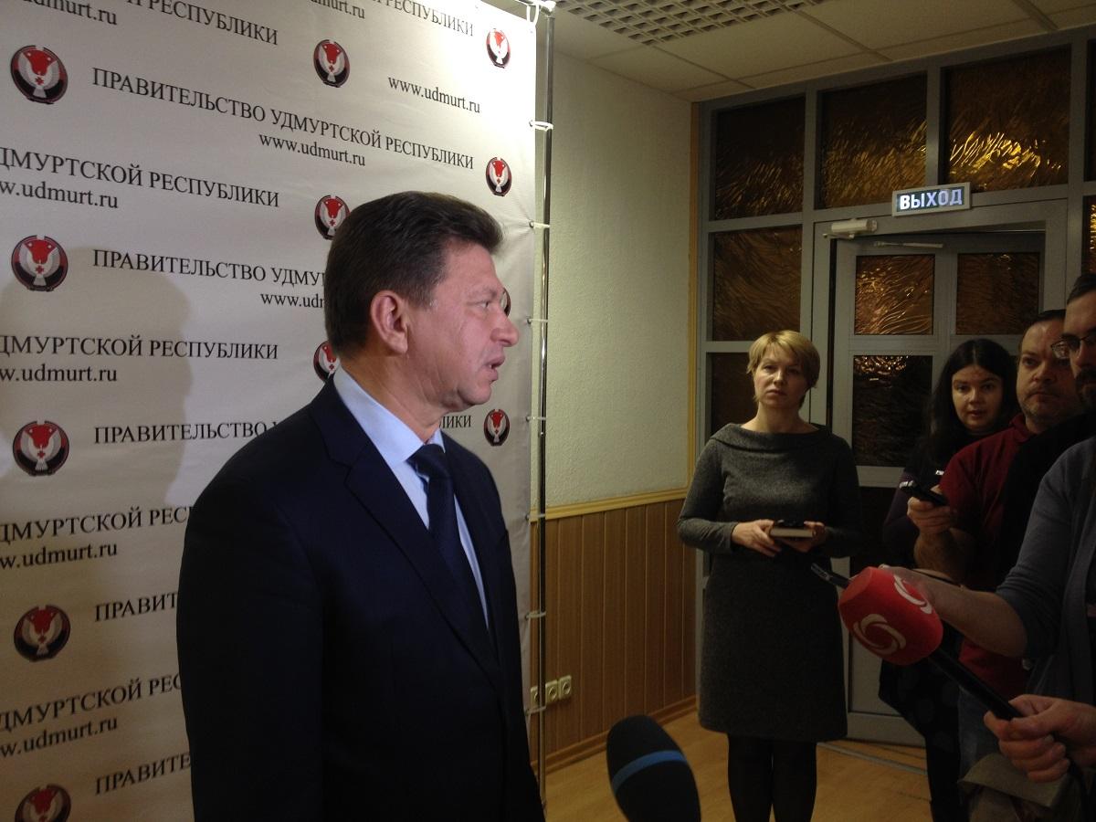 Виктор Савельев на брифинге в Доме правительства. Фото: © «ДЕНЬ.org»