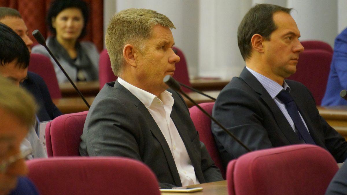 Депутаты Гордумы Сергей Сурнин и Константин Котов. Фото: ©«ДЕНЬ.org»