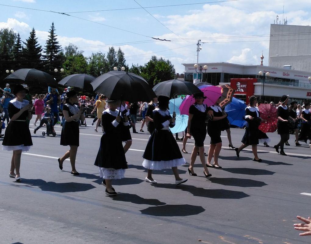 Шествие Мэри Поппинс. Фото: © «ДЕНЬ.org»