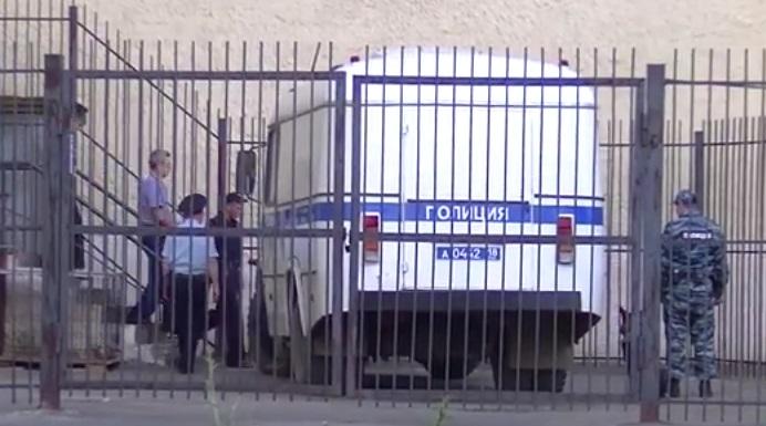 Арест Рауфа Кутдузова. Фото: «ДЕНЬ.org»