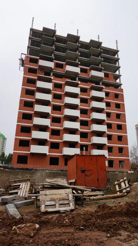 Домом на Петрова, 49 в Ижевске, который долгое время не строит «Инвест-проект», занялись правоохранители — они, по информации Минстроя Удмуртии, ищут вложенные дольщиками 80 млн рублей... Читать далее...