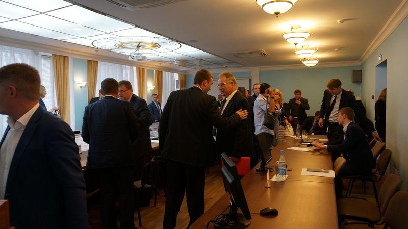 Руководители ресурсоснабжающих организаций — Ярослав Балобанов и Владимир Пискайкин.Фото: © «ДЕНЬ.org»