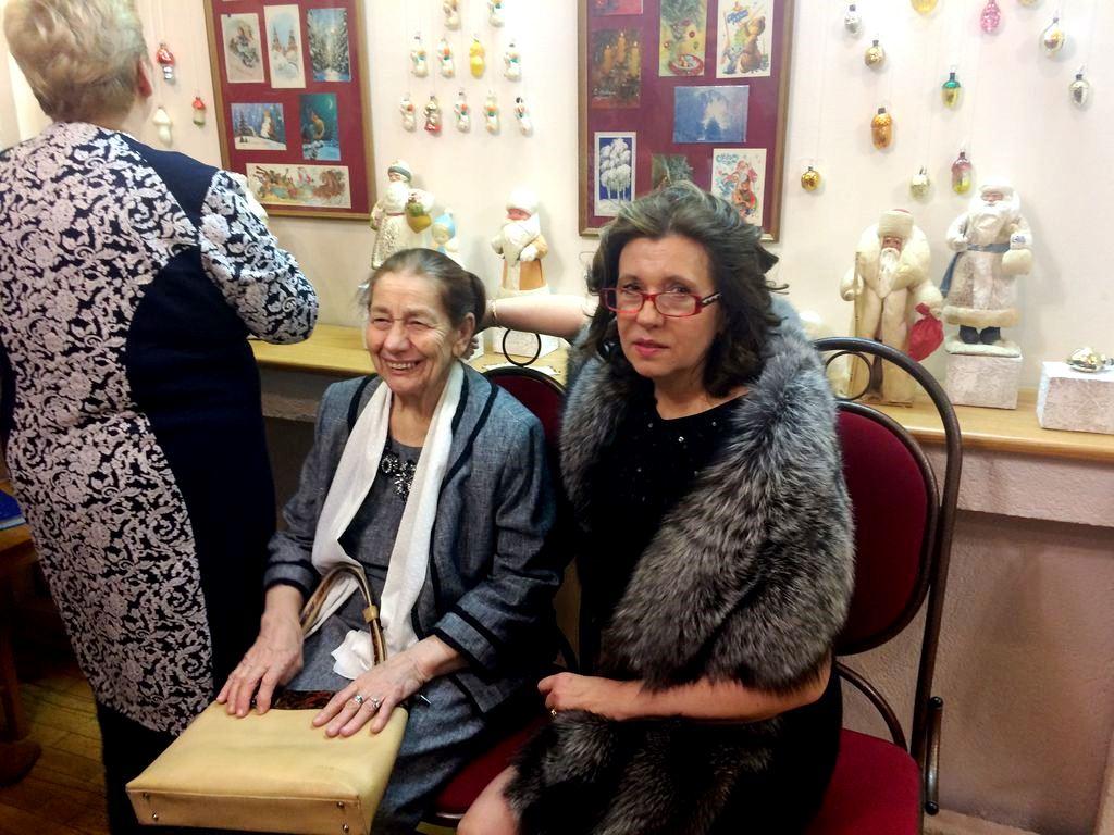 Елена Маркина с мамой. Фото ©«ДЕНЬ.org»