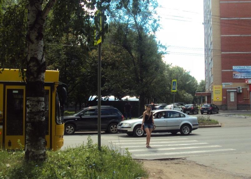 Улица Дзержинского. Фото: © «ДЕНЬ.org»