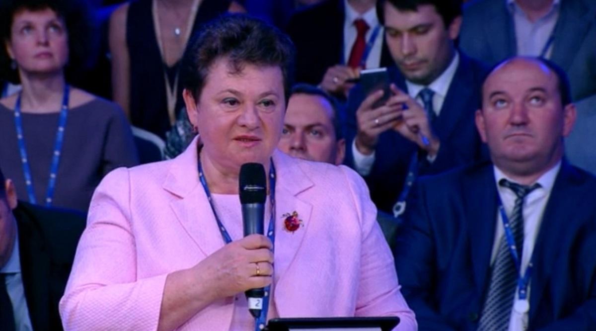 Светлана Орлова рассказала, что очень помог экспорт медицинских масок в Европу. Фото: стоп-кадр с видеоотчета ТАСС о представлении Национального рейтинга состояния инвестиционного климата.