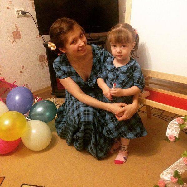 Анастасия Корепанова с дочкой