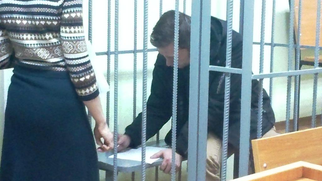 Еще одного члена избирательной комиссии в Ижевске, подозреваемого в незаконном обороте оружия в составе преступной группы, заключили под стражу... Читать далее...