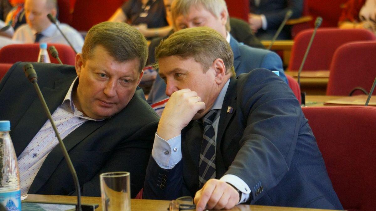 Фарит Губаев (справа). Фото: ©«ДЕНЬ.org»