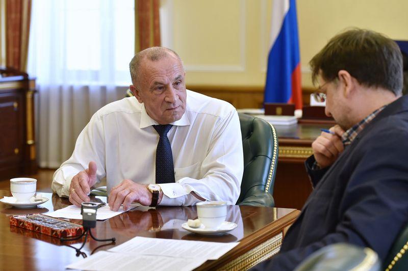 На встрече с главой УР Александром Соловьёвым. Фото: пресс-служба главы и правительства УР