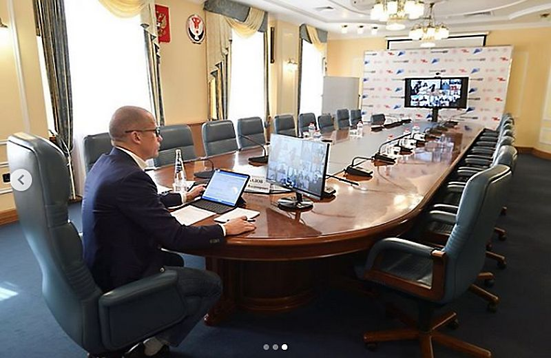 Глава УР Александр Бречалов. Фото: instagram.com/brechalov/