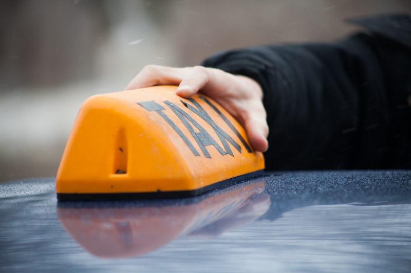 Таксист, изнасиловавший вВоткинске 10-летнюю девочку, получил 18 лет тюрьмы