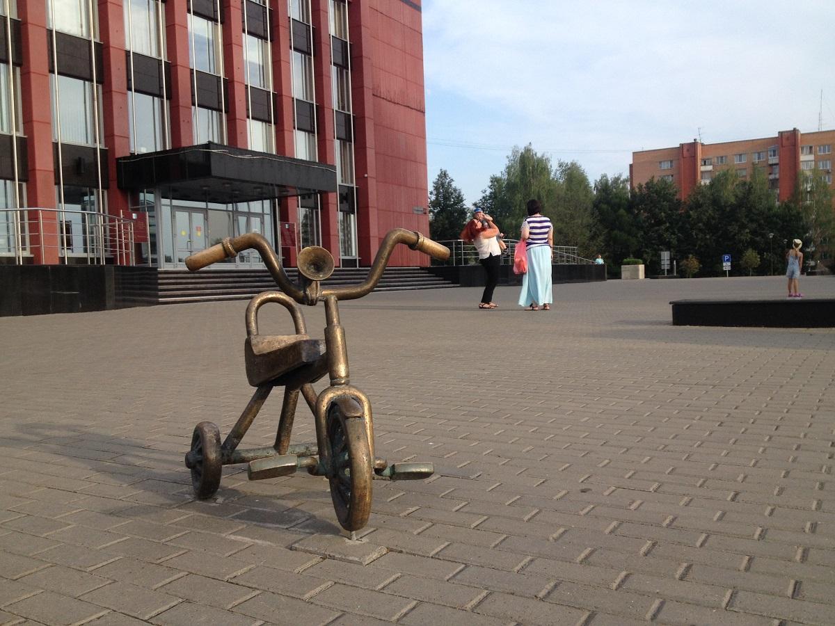 Этот велосипедик хорошо иллюстрирует место Ижевска в бюджетной вертикали. Фото: © «ДЕНЬ.org»