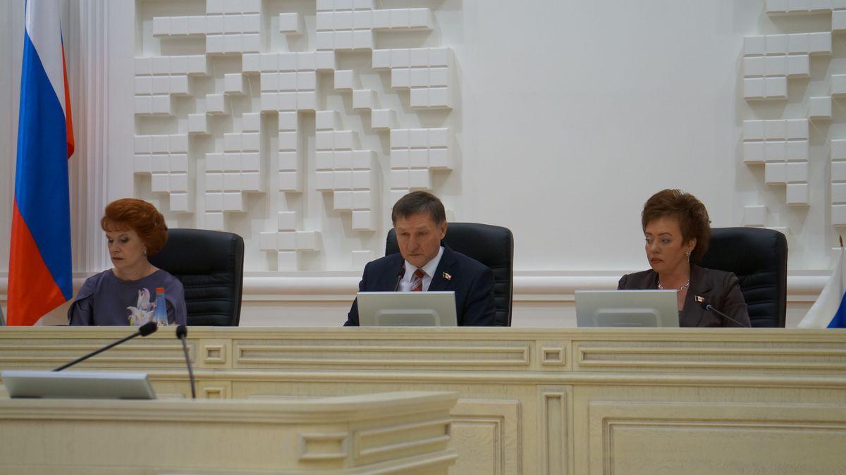 Софья Широбокова, Владимир Невоструев и Светлана Кривилева. Фото: © «ДЕНЬ.org»