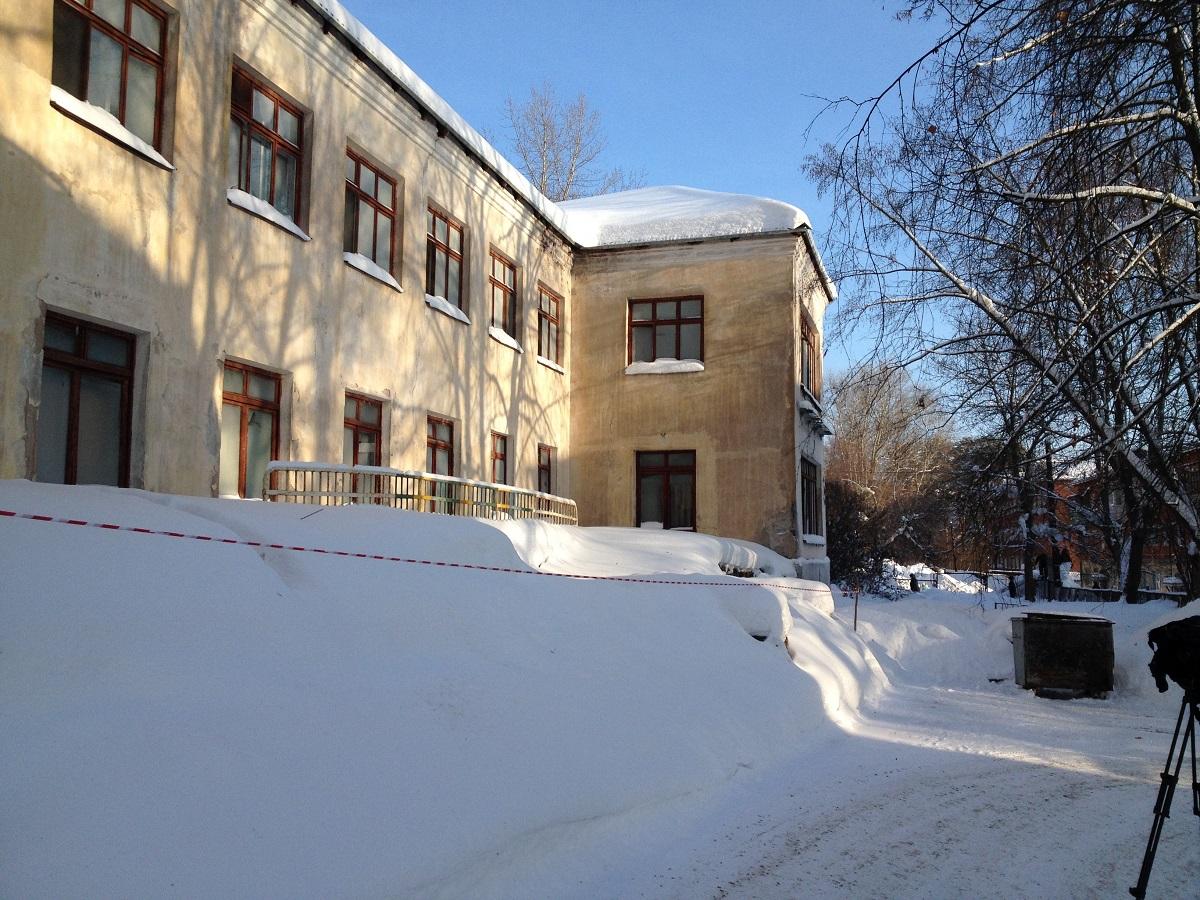 Старый корпус (закрыт на ремонт). Фото: © «ДЕНЬ.org»