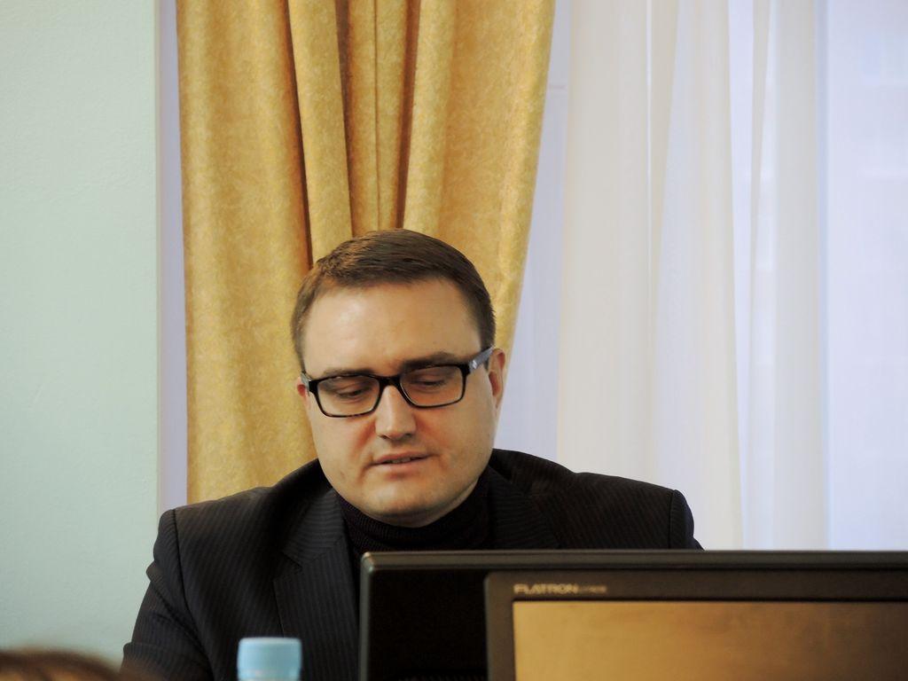 Депутат Гордумы от «Единой России» Михаил Молоков. Фото ©«ДЕНЬ.org»