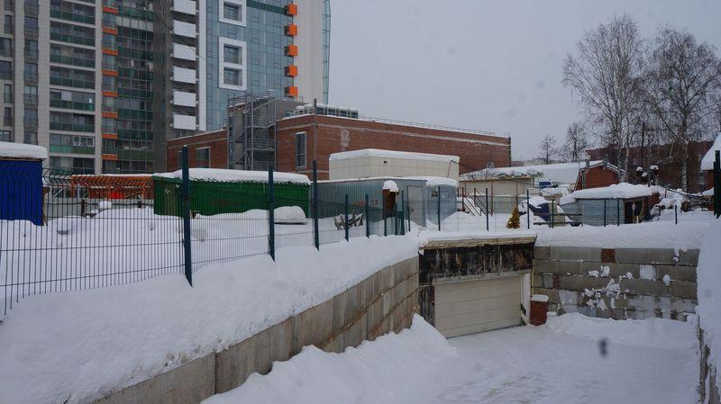 Машино-место в подземной парковке «Паруса» стоит почти столько же, сколько небольшая квартира в «ЭкоЛайфе». Фото: © «ДЕНЬ.org»