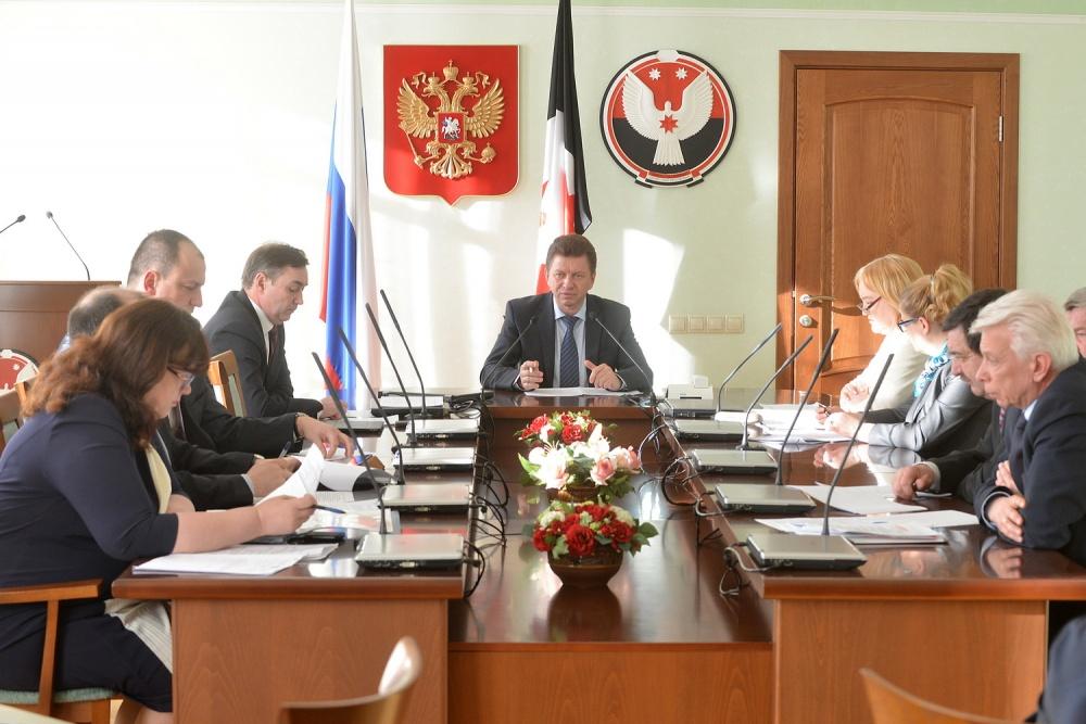 Кабинет министров представил сведения о своих доходах. Фото: udmurt.ru