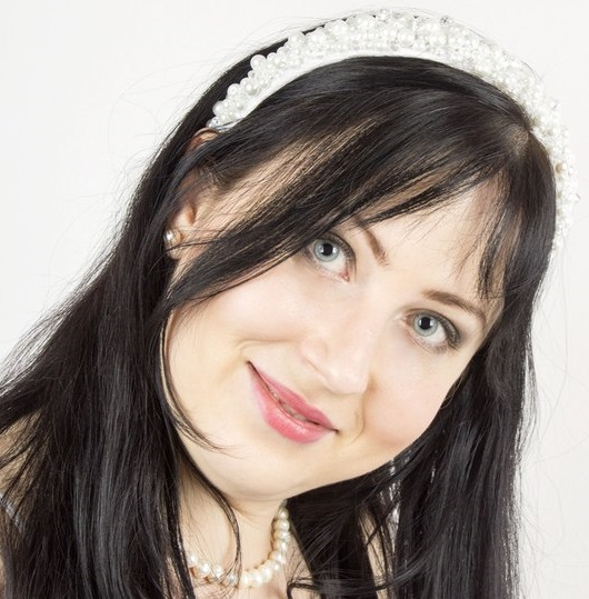 Ксения Матур