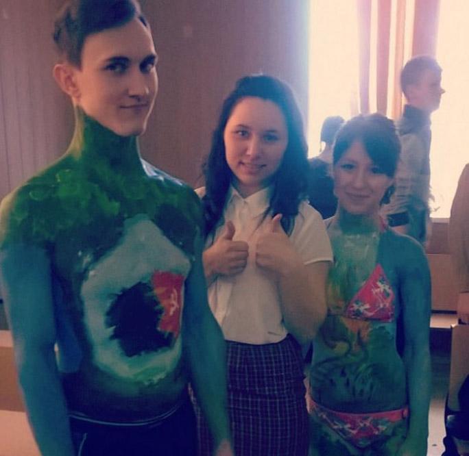 Участники межфакультетского конкурса боди-арта в ИжГТУ им. М.Т. Калашникова