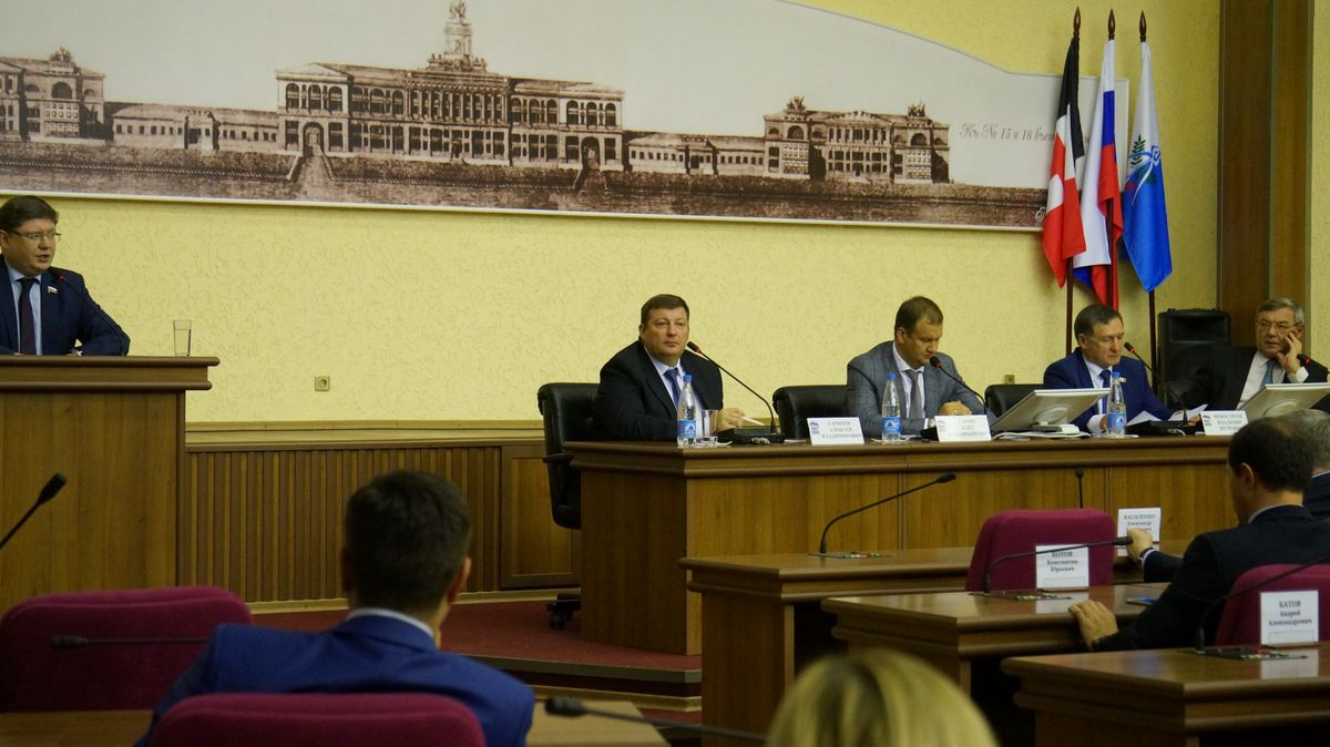 Встреча депутатов Госдумы РФ с депутатами Гордумы Ижевска. Фото: ©«ДЕНЬ.org»