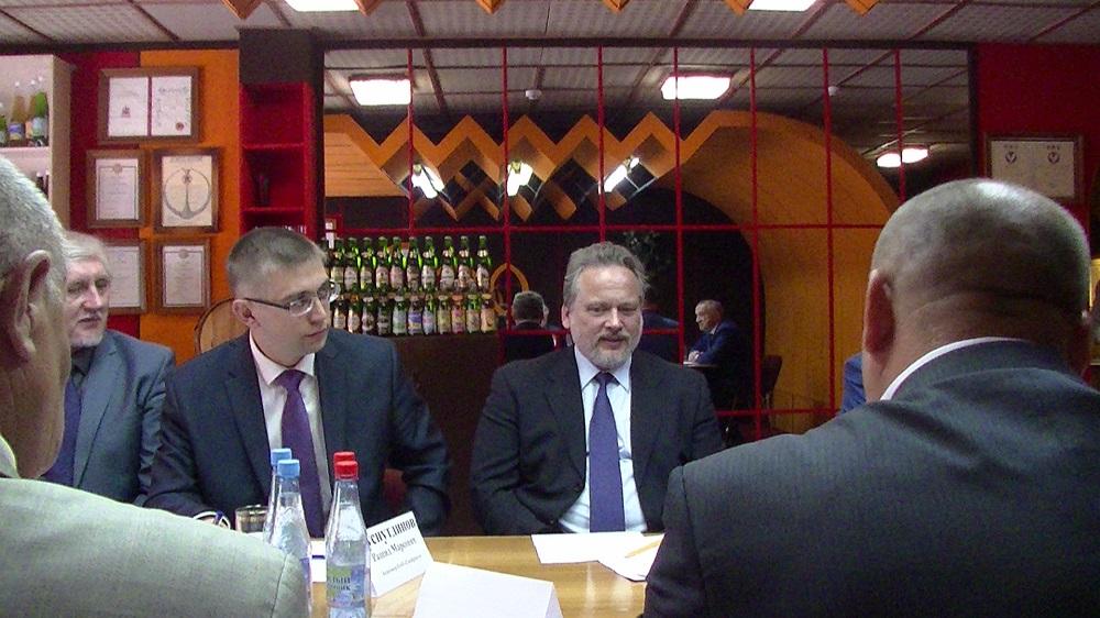 Александр Иванов (справа) и Рашид Хуснутдинов. Фото: © «ДЕНЬ.org»