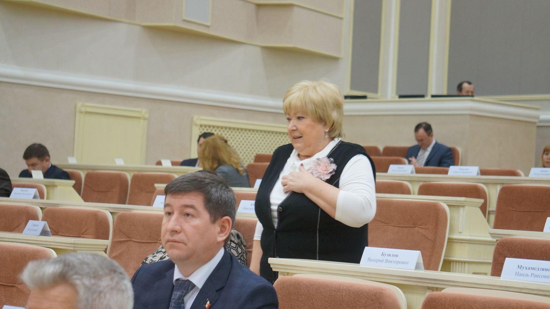 Зоя Степнова настаивает на принятии отдельной программы поддержки легкой промышленности в Удмуртии. Фото: © «ДЕНЬ.org»