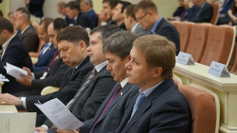 Депутаты фракции КПРФ. Фото: © «ДЕНЬ.org»