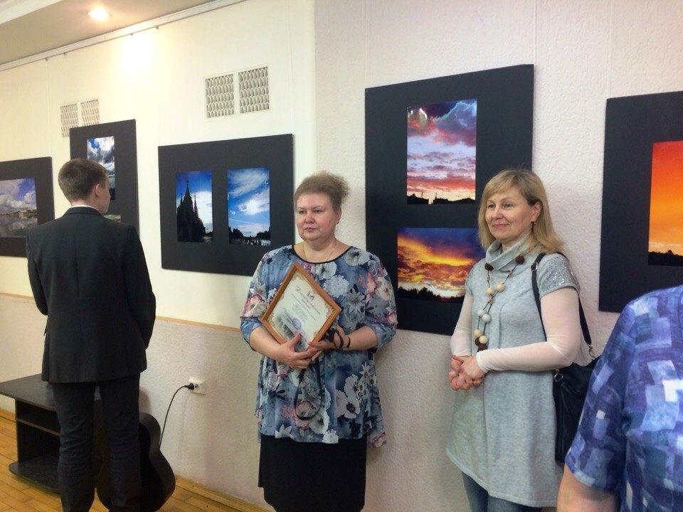 Екатерина Миронова (в центре). Фото: © «ДЕНЬ.org»