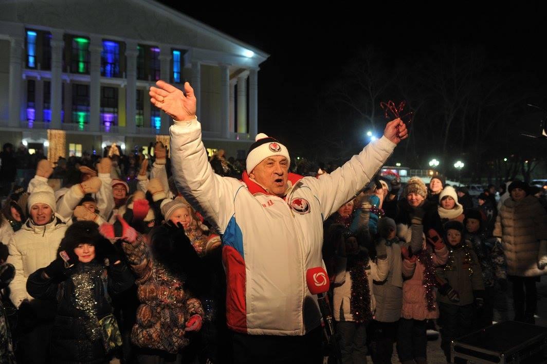 В феврале исполнилось ровно два года после указа о назначении Александра Соловьёва врио главы Удмуртии. Его недоброжелатели, очевидно, решили, что пора бы уже на «дембель», но просчитались. Фото udmurt.ru