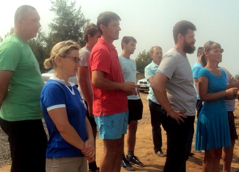 Жители микрорайона Медведево. Фото: «ДЕНЬ.org»